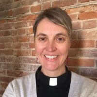 Luther College Alumna Amalia Vagts pastoral intern with Luther College student congregation